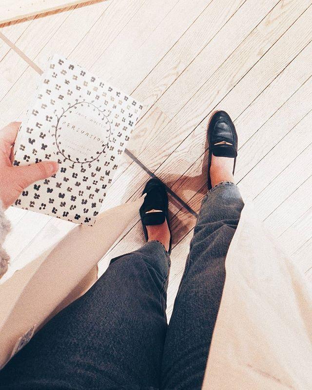 Mun lemppari kevään merkki on se että voi laittaa avokkaat taas jalkaan ja kärsiä sitten melkein kymmenestä rakosta  enhän oo ainut jolla on hirveet rakkojalat? #blistersisters . . . . . . . #fashionstatement #springoutfit #nouwblogger #nouwfinland #mystyle #nouwoutfit #nouwinfluencer #whatiwore #whereistand #loafers #ootdinspo #outfitdetails #scandioutfit #scandistyle #whatiworetoday #ootdfashion #ootdfinland #ootd
