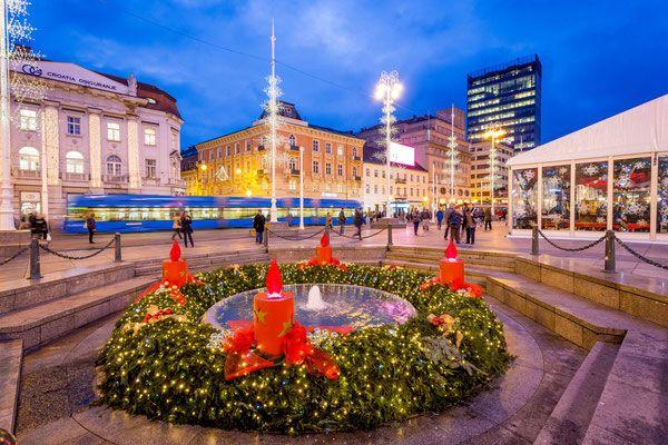 Zagreb Christmas Market More On Https Www Europeanbestdestinations Com Christmas Markets Zagreb Christmas Market Zagreb Croatia Zagreb