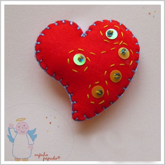 Be my Valentine. Red Heart Brooch, by anjinhopapudoShop on Etsy