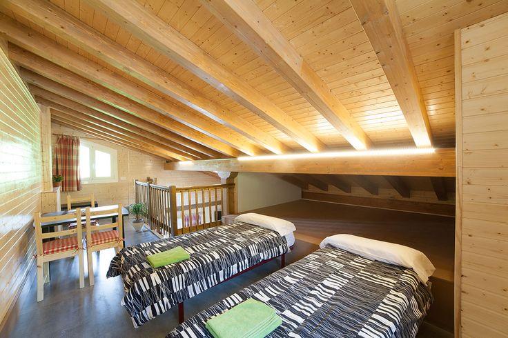 2 camas supletorias en la planta superior