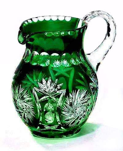 Beautiful Vivid Emerald Green Crystal Pitcher 1.5 Liter -