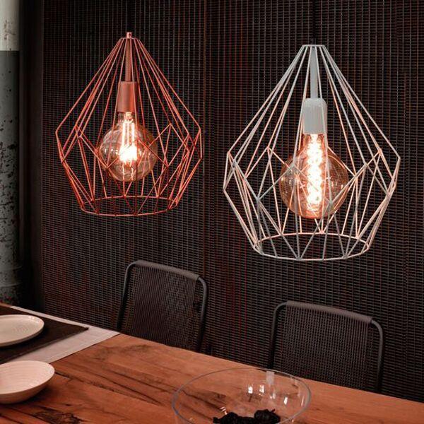 #Draadlampen met hetzelfde model kun je in verschillende kleuren combineren…