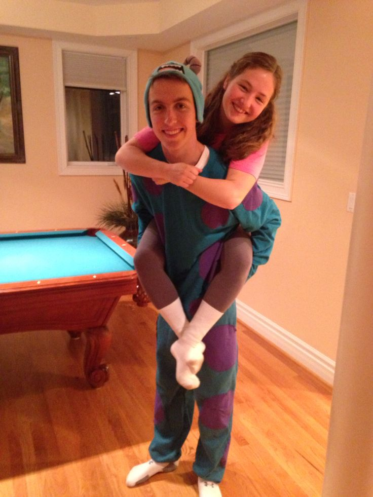 Sully and Boo Halloween Costume feat. myself #SuperCute #Sully #Boo #MonstersInc #Couple #Costume #Adorable #NotBasic