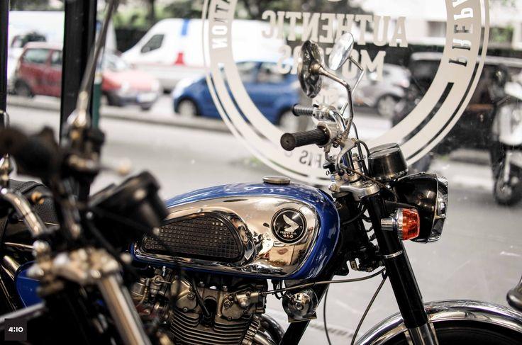 authentic motors un nouveau garage atelier boutiques motards pinterest. Black Bedroom Furniture Sets. Home Design Ideas