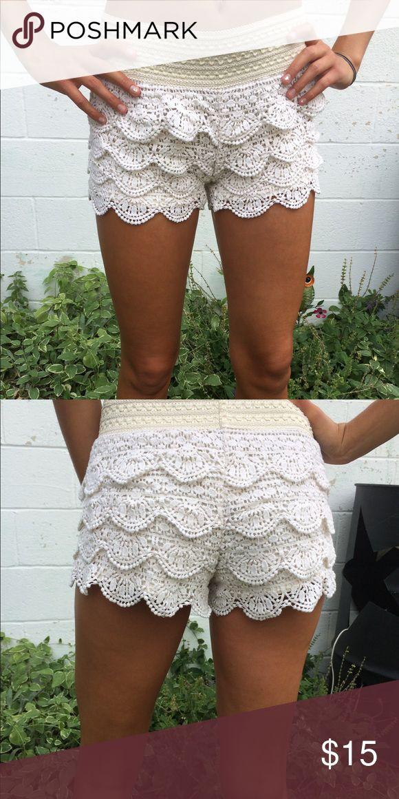 Rewind cream lace shorts Super cute cream lace shorts from kohls Rewind Shorts