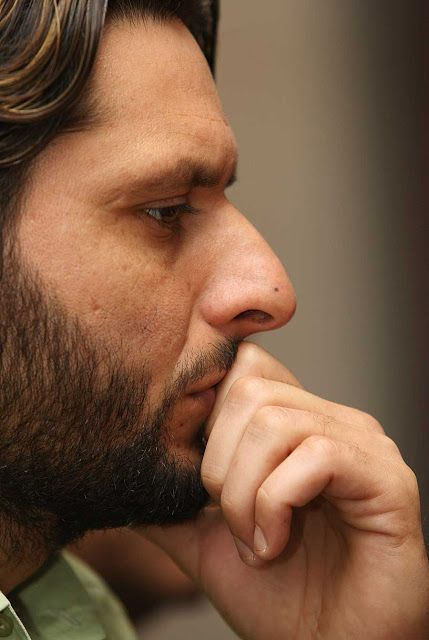 shahid khan afridi famous player of cricket