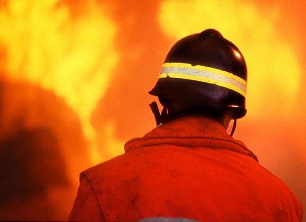 AVIGLIANA. Due incendi a breve distanza nella notte nel Torinese