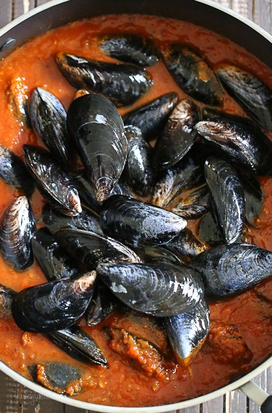 Quick Seafood Sauce - nix the mussels, but this could make a great clam sauce