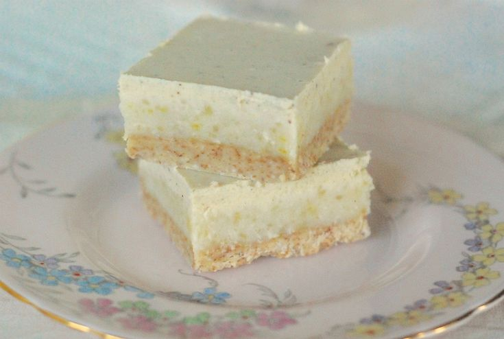 white chocolate and lemon slice- Jules Galloway one of my darling Naturopath friends here in Byron Bay
