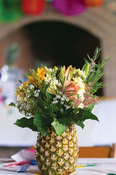 Flamingos U0026 Pineapples Weaving Craft Party Great Center Piece For Table!  Better With Tropical Flowers! Part 52