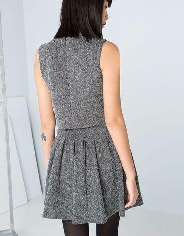 Vestido Bershka falda pliegues
