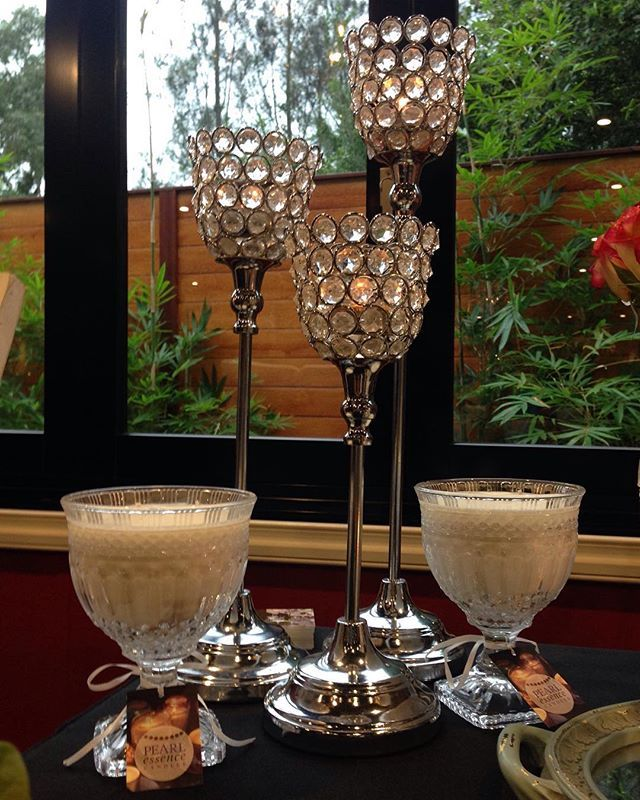 #candles #chalice #luxe Love this shot of my elegant chalices!  #soy #luxurysoycandles #luxebride #weddingexpos #weddings #soy #pearlessence #weddingcandles #pearlessencecandles #bridaltable #candlelight #weddinginspiration #lilysfunctioncentre