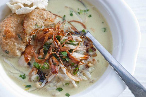 Soto Medan, coconut milk-based chicken soup