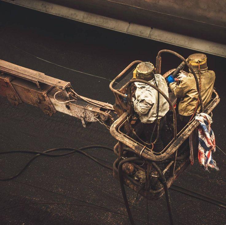 Carpenter Brut - Looking For Tracy Tzu   #нефтегаз #rosneft #роснефть #oil #ahts #offshore #offshorelife #offshorework #offshorevessel #offshoreenergy #maritime #offshoreboat #sealife #shipping #allthingsoffshore #oilandgas #neverstopexploring #seekoffshore #snapzone #lifeofadventure #yellowsea #oow #liuhengdao #zhoushan #longshan #shipyard #zhoushanisland #china #coolmariners #shipofficer by soundclinic