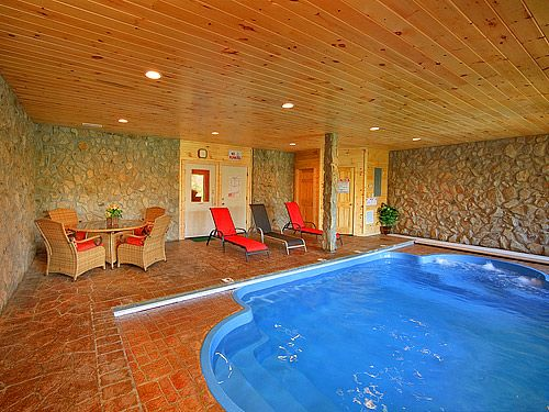 Splashing Sunrise - 2 Bedroom cabin that sleeps 6. This incredible cabin is perfect for your next vacation getaway! The Smoky Mountains are call your name and Splashing Sunrise has it all! #cabin #cabinfever