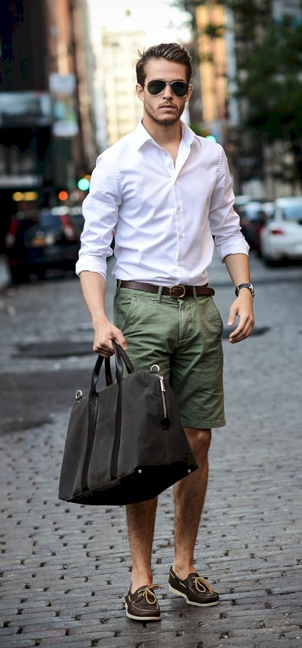 Simple and cool boat shoes outfit for mens 19 - Fashionetter