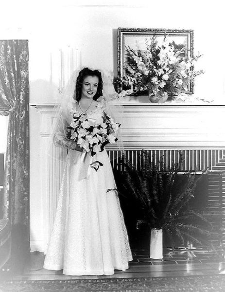 1942, Norma Jeane Baker, aged 16, marries James Dougherty. (She would soon become the actress Marilyn Monroe.)