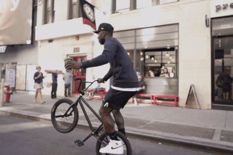 Coffee 'N Clothes:プロBMXライダー、Nigel Sylvester