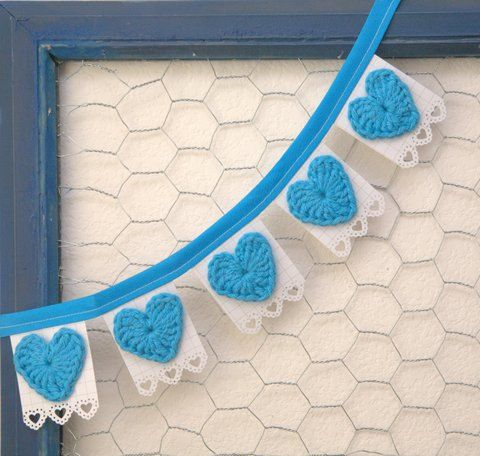 Crochet Heart Mini Garland 15 // MADE TO ORDER by LOVENOTECRAFTS, $12.00