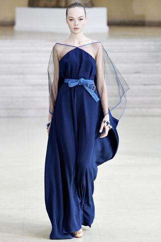 vestidos de ensueño de un hermoso azul eléctrico y el cinturon color azul francia