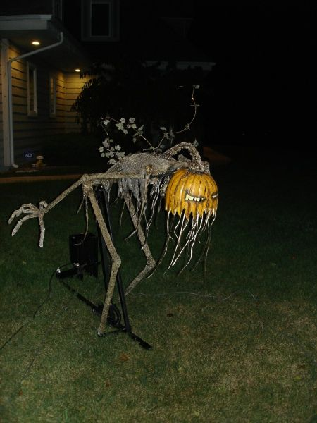 Yard creeper for Halloween--the linked site looks pretty interesting for Halloween prop/costume ideas but you have to sign in.