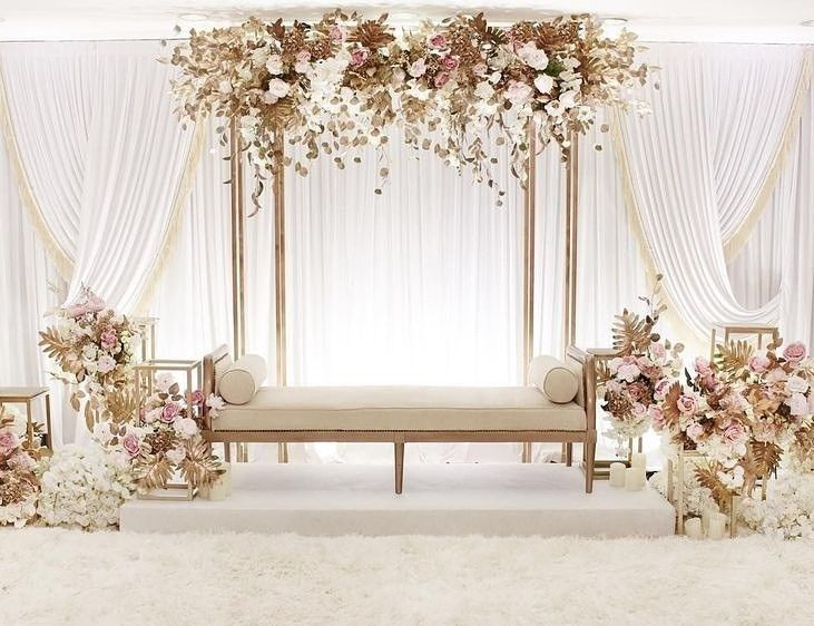 Diseno De La Boda Alquiler De Muebles In 2020 Wedding Design Decoration Pastel Wedding Decorations Wedding Backdrop Decorations