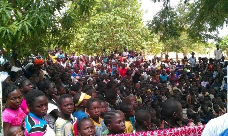 Burkina crowd shot, summer missions 2012, realimpact.com