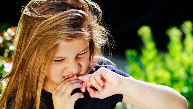 Как отучить ребенка грызть ногти? 7 лучших методов составленных психологами