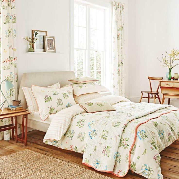 Traditional Botanical Bedding   Voysey's Garden V&A Bedding at Bedeck Home