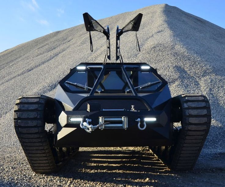 Ripsaw EV2 Luxury Tank | DudeIWantThat.com