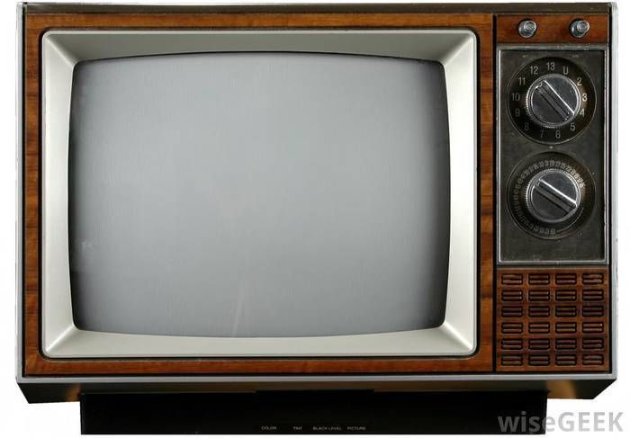 I miss these kinds of TV's ^_^ -- CRT TV