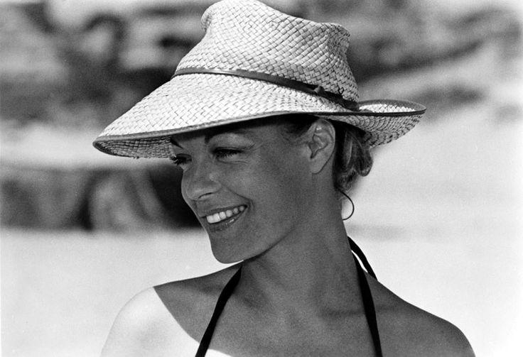 The sun hat: Romy Schneider 1972