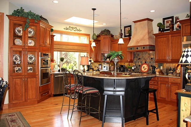 a blog about decorating tuscan style here above cabinets