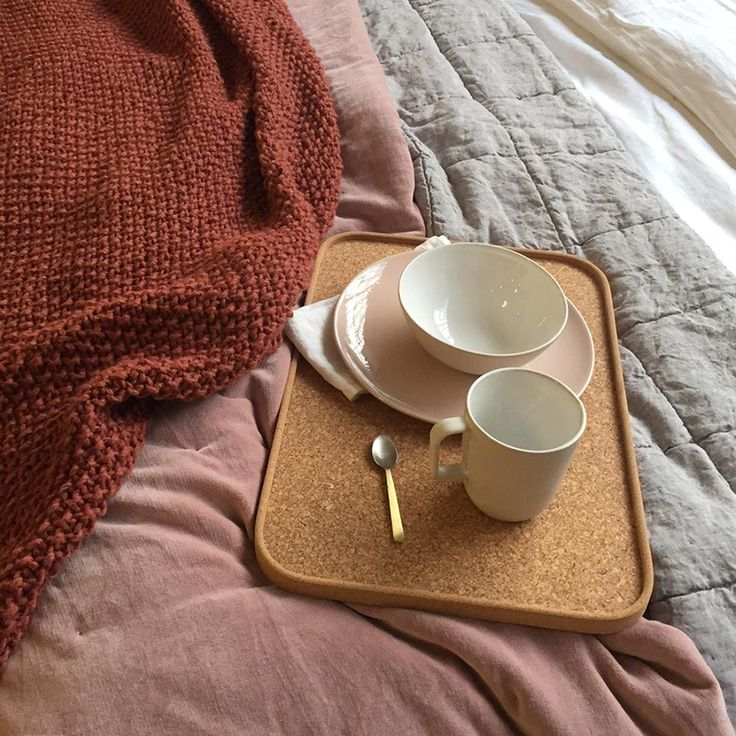 We've got everything you need for a dreamy Sunday breakfast in bed set-up. In fact why not just stay cosy under these gorgeous textured throws all day long! #cittasurryhills #lazyweekend #cittaloveswinter  @cateclaire