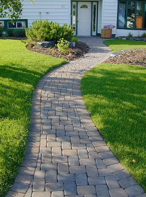 Best 25 stone walkways ideas on pinterest stone walkway for Landscaping ideas stone path