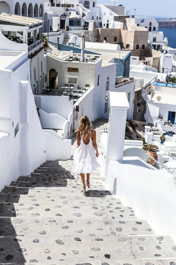 24 ώρες στο νησί: Τι να φορέσεις από το πρωί μέχρι το βράδυ
