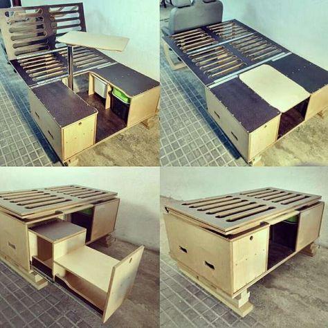 Tisch/ Bett/ Sitzgelegenheit
