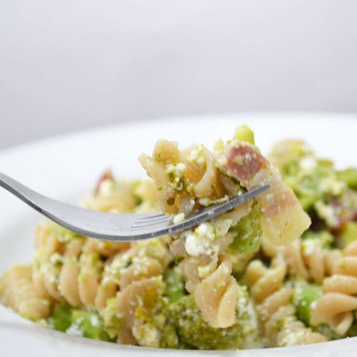 Fusilli Integrali con broccoli e pancetta / Wholewheat Fusilli with broccoli and bacon