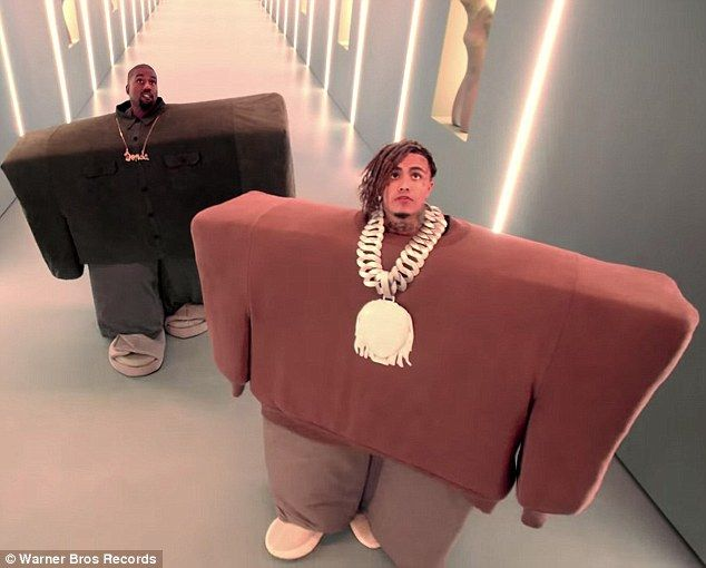 Up And Comer Lil Pump Wore A Very Similar Outfit To Kanye Including An Even Larger Blinged Out Chain With White Adidas X Yeezy Boost Lil Pump Kanye West Kanye