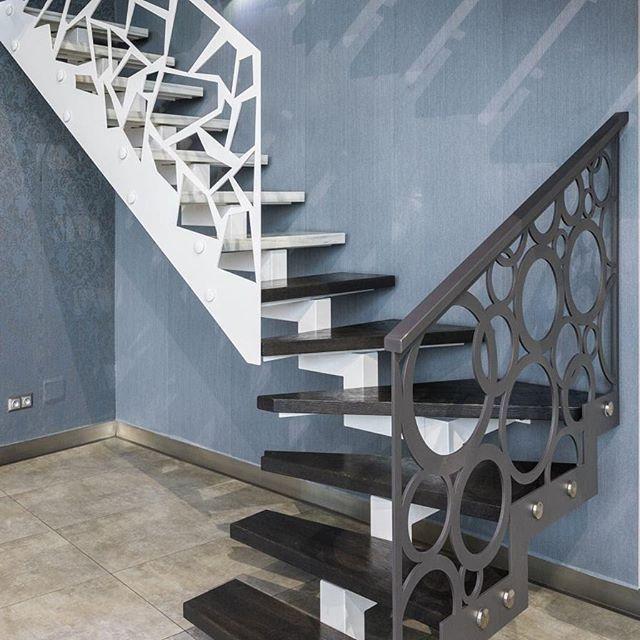#zlem #zlempl #schody #schodywewnetrzne #dom #inspiracje #interior #nowydom #wystrój #mójdom #nowoczesne #nowoczesneschody #konstrukcjestalowe #schodystalowe #budujemydom #budowa #noweschody #balustrady #balustradywewnetrzne #stairs #homestairs #balustradywycinanelaser