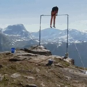Mountain routine? Nailed it. | 17 Gymnasts Who Totally Nailed It! Why is it always the loss of a shoe that makes me laugh?