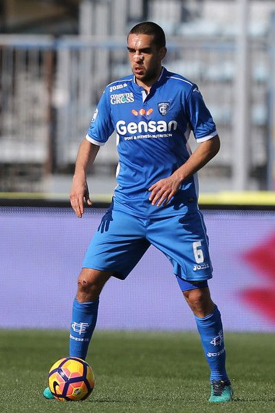 Giuseppe Bellusci of Empoli FC in action during the Serie A match between Empoli FC and Genoa CFC at Stadio Carlo Castellani on March 5, 2017 in Empoli, Italy.