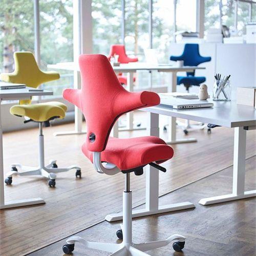 HÅG - Capisco #Kontor #Kontormøbler #Kontorindretning #Kontorstole #Ergonomi #Skrivebordsstol