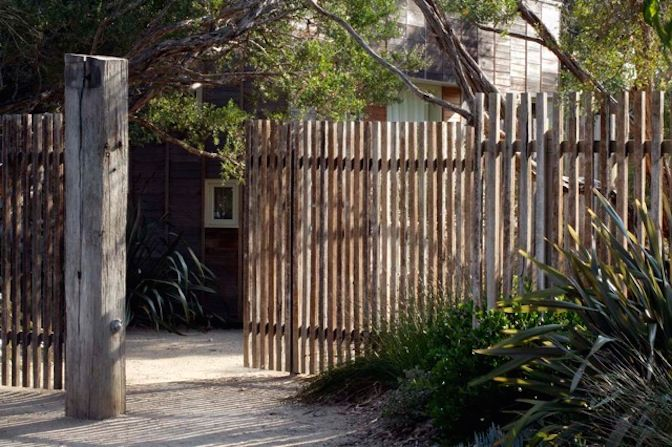 Fence - Fiona Brockhoff Design » Yencken Material's and Planting Concepts