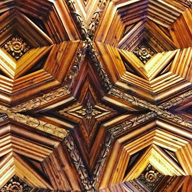 Imagen de @jotaz68 en Instagram / Ceiling at #museopicassomalaga #malaga #spain #lookup