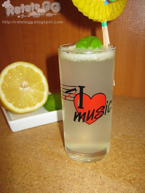 http://retetegg.blogspot.com/2012/05/limonada.html