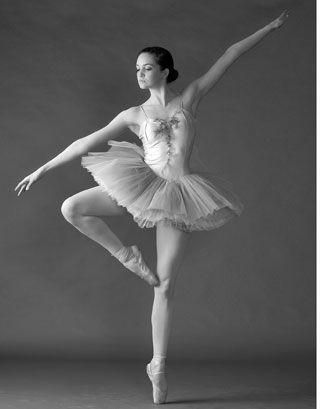 Google Image Result for http://3.bp.blogspot.com/-H5-qpaky9D0/TrGc8StksUI/AAAAAAAAA_o/7iXM91XFVUI/s1600/ballet.jpg
