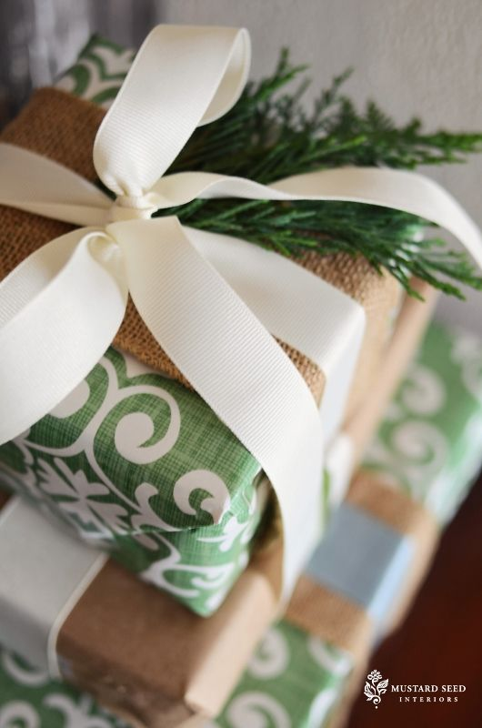 Christmas Present Gift Wrap Ideas - A beautiful Wrapping Paper Suite