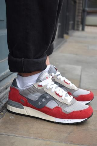 20432772 Saucony Shadow 5000 Vintage Red Trainers | ZAPATILLAS in 2019 | Red ...