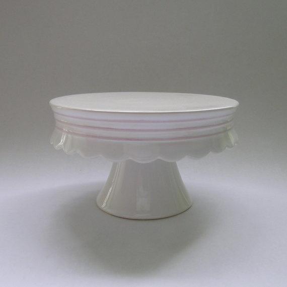 White Ceramic Cake Stand With Scallop